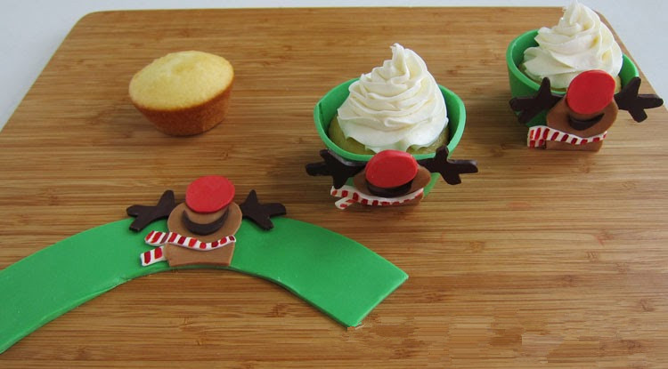 Christmas-cupcakes-rudolph-cupcake-wrappers _副本
