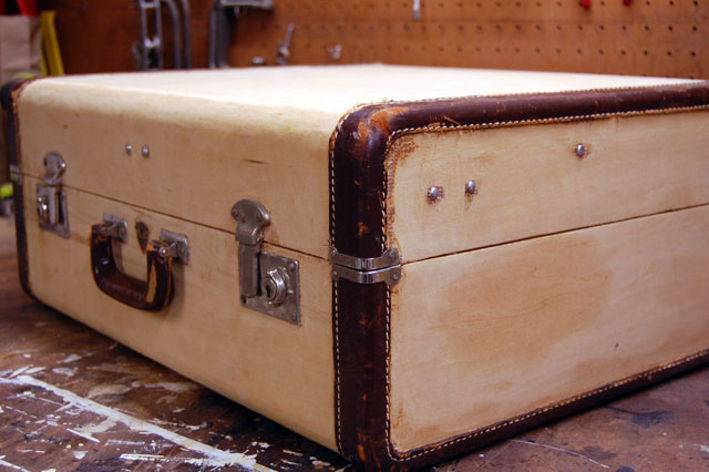 DIY A Wooden Suitcase | How Ornament My Eden