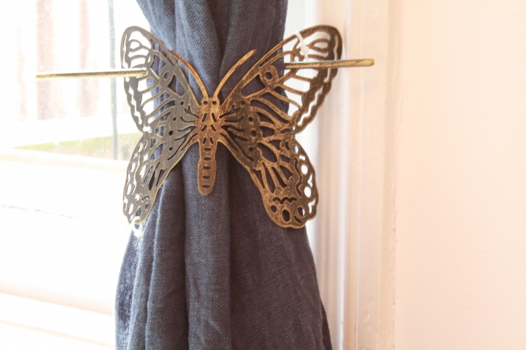 butterfly curtain clip