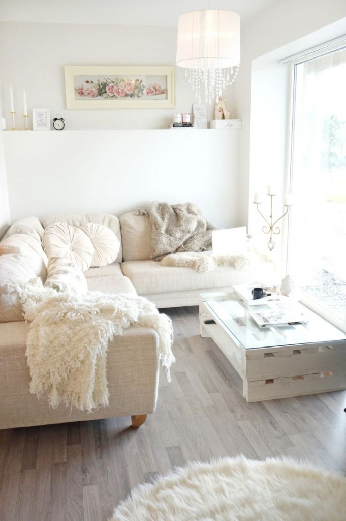 Budget tips for arranging living room how ornament my eden How can i decorate my living room on a budget