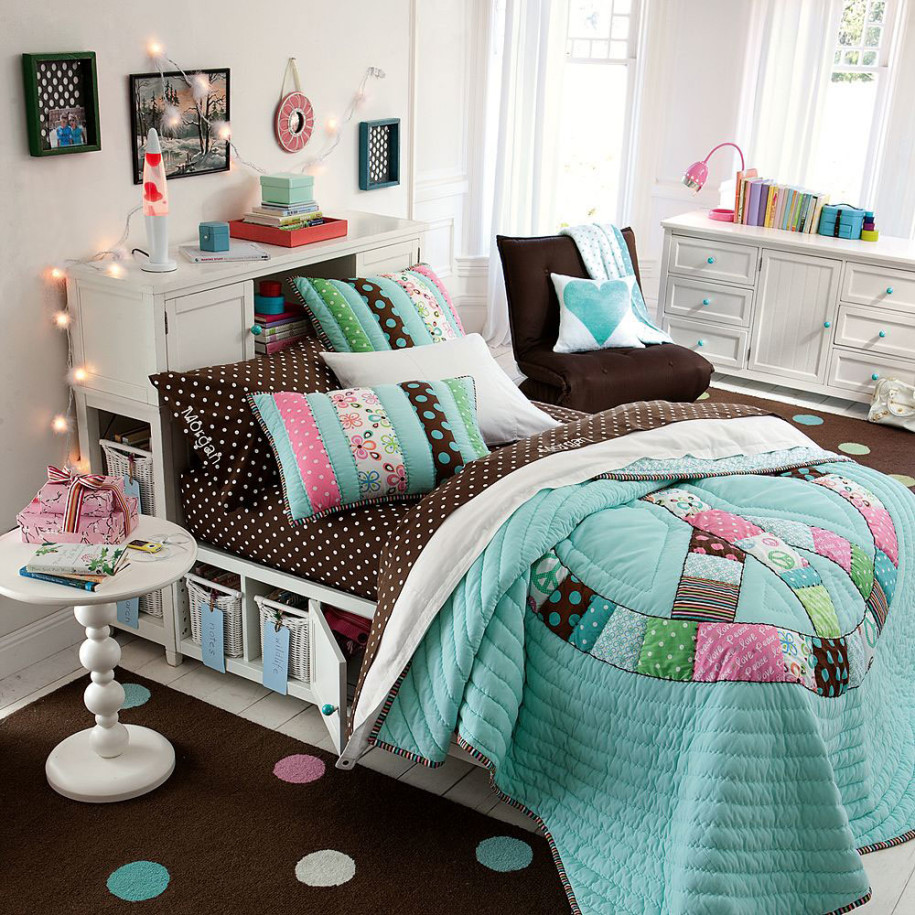 Must have things in child s room - Stuff to decorate your room ...