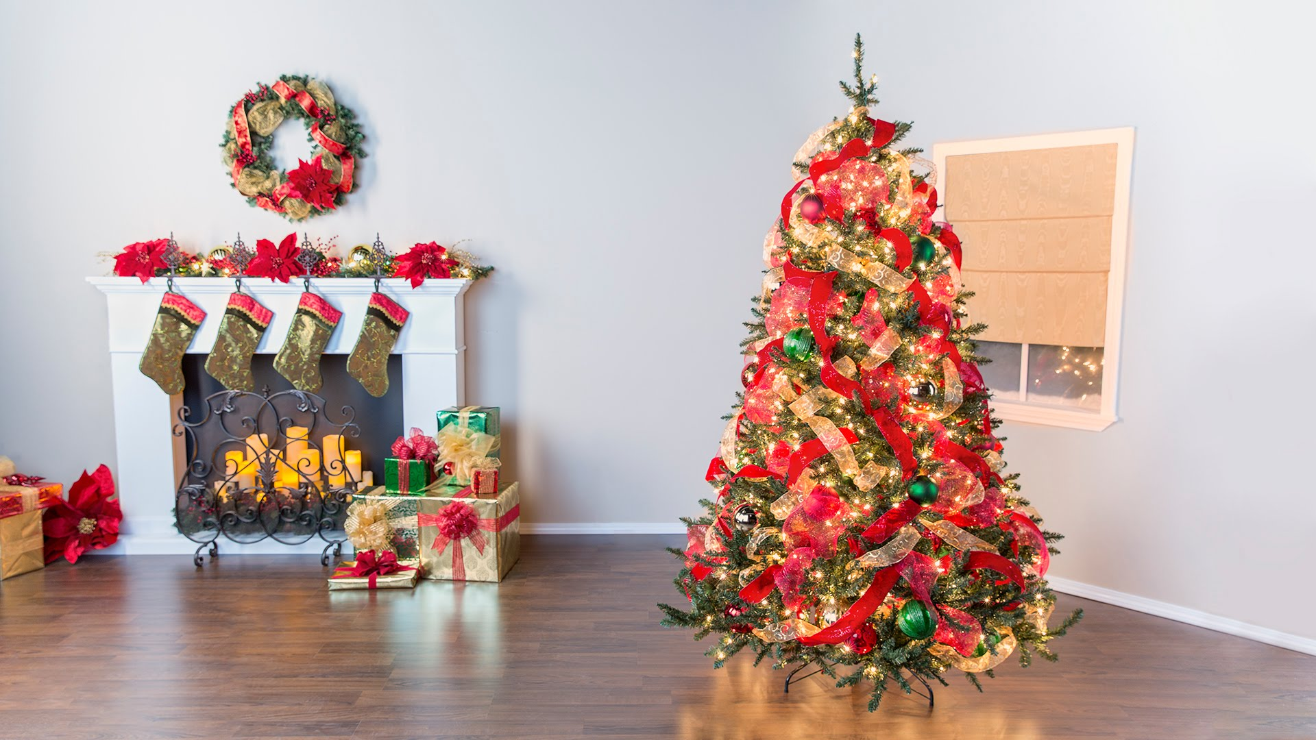 How To Decorate Christmas Tree.Christmas Decorating Essentials And How To Use Them