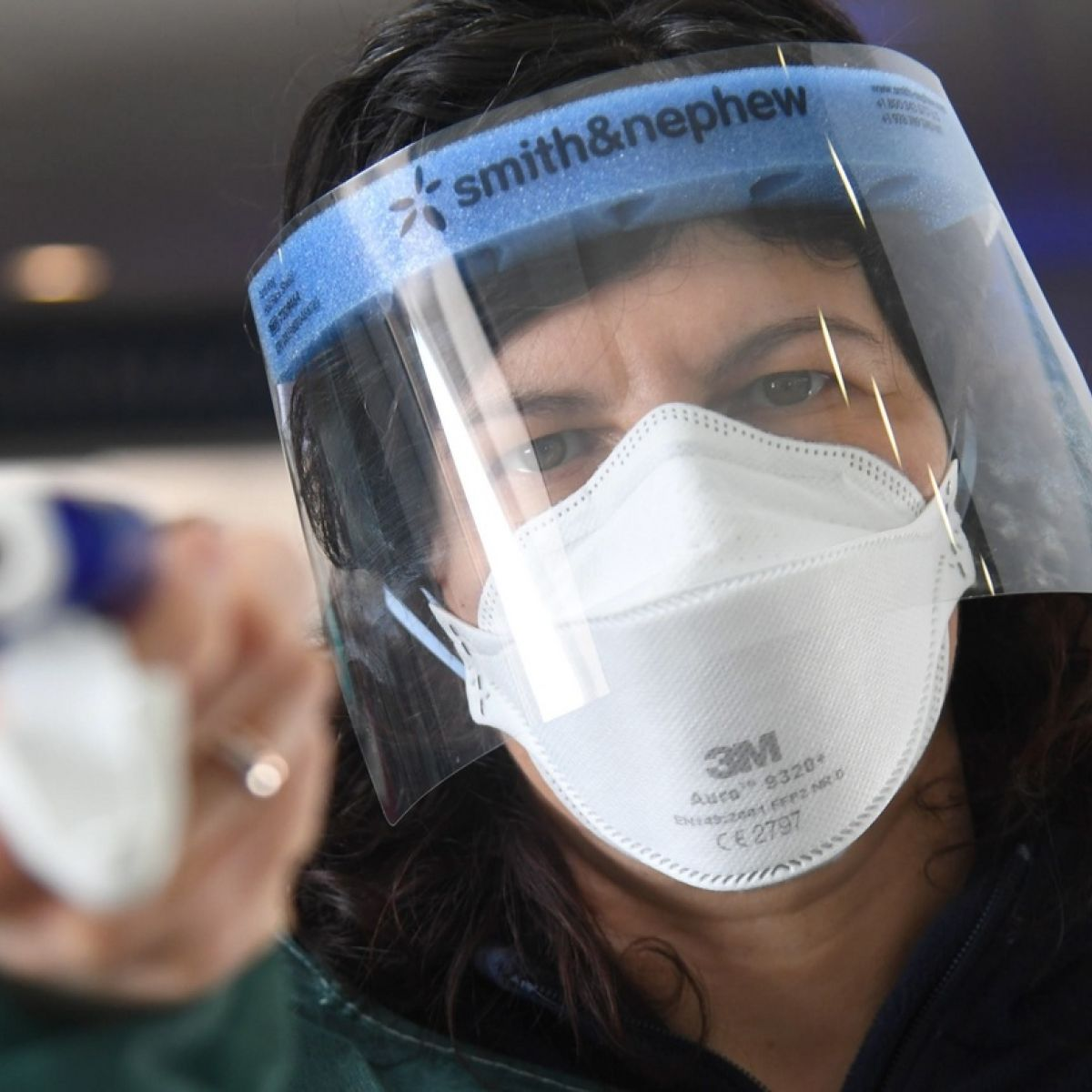 Should You Wear a Face Mask during the COVID-19 Pandemic?